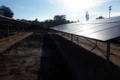 12 centrales solaires au Bénin